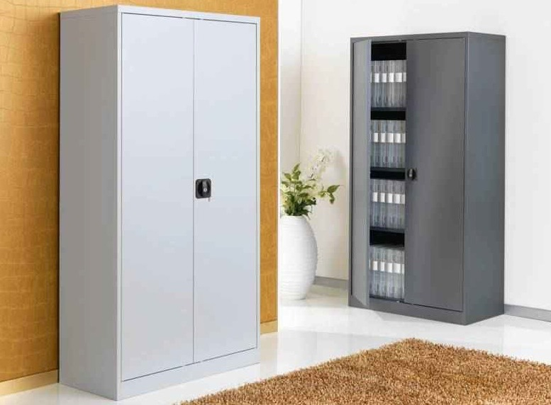 peindre armoire metallique great armoire metallique pas. Black Bedroom Furniture Sets. Home Design Ideas