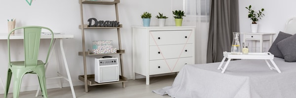 trendy ranger son bureau de travail with comment bien ranger sa chambre. Black Bedroom Furniture Sets. Home Design Ideas