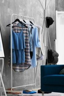 ranger vetements sans armoire ranger vetements sans. Black Bedroom Furniture Sets. Home Design Ideas